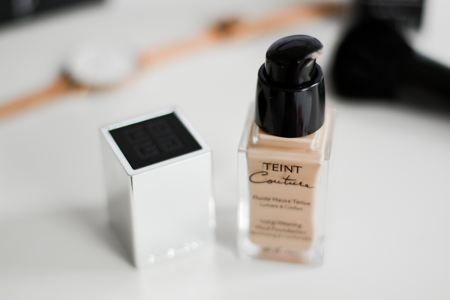 givenchy-teint-couture-fluid.jpg