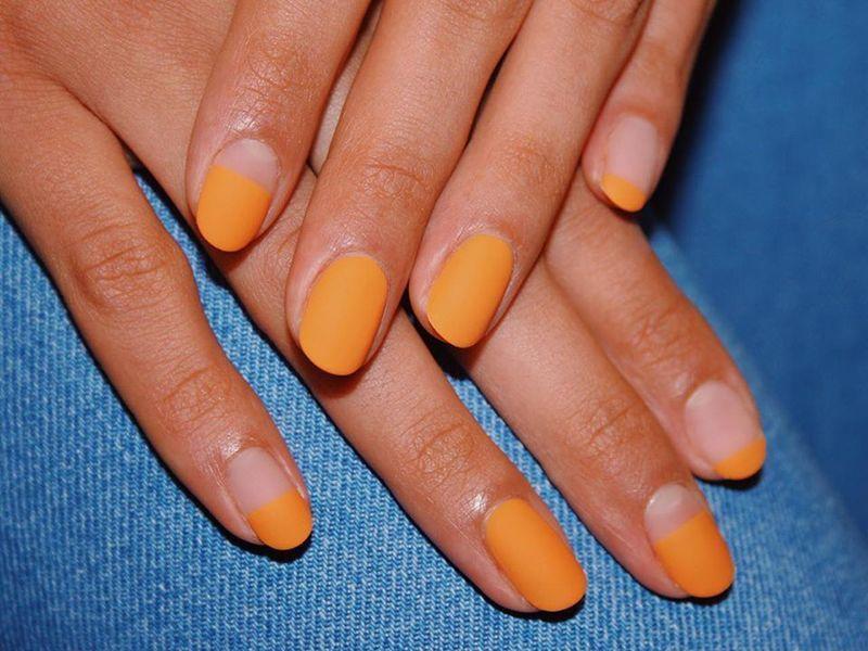 sposob-na-matowy-manicure.jpg